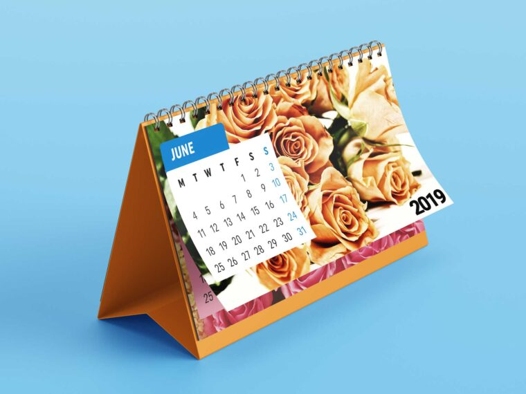 Office Desk Calender Presentation Mockup